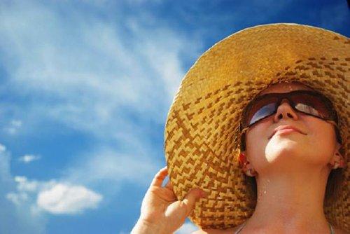 Bí quyết chống nắng hiệu quả tại nhà chỉ sau 15 phút