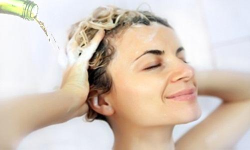 Cách làm nhanh giảm rụng tóc bằng những dưỡng chất rẻ tiền