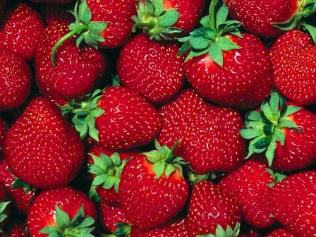 Chống lão hóa da bằng cách ăn trái cây màu đỏ