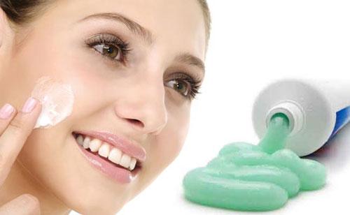 Những cách làm trị mụn trên da mặt nhanh chóng ngay tại nhà