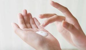 3 Cách giúp làm trắng da tay hiệu quả nhờ nguồn nguyên liệu thiên nhiên tốt nhất