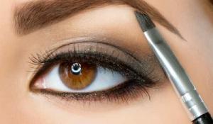 Mẹo kích thích lông mày mọc đều, đen và rậm