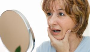 3 cách làm xóa mờ nếp nhăn trên bề mặt da ở tuổi 30