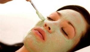 Trị nám da với mặt nạ làm từ đậu xanh