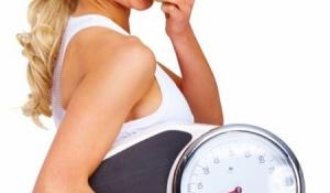 Những loại rau củ quả khiến bạn không thể giảm cân