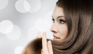 Cách chữa rụng tóc sau khi sinh hiệu quả và an toàn tại nhà
