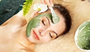 Học cách làm mặt nạ trà xanh trị mụn hiệu quả