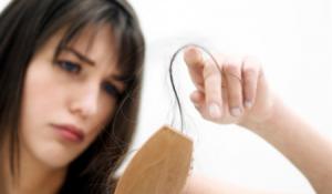 Ăn gì để ngăn rụng tóc hiệu quả ?