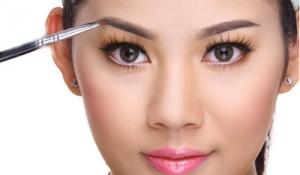 5 sai lầm chị em thường gặp khi chăm sóc lông mày